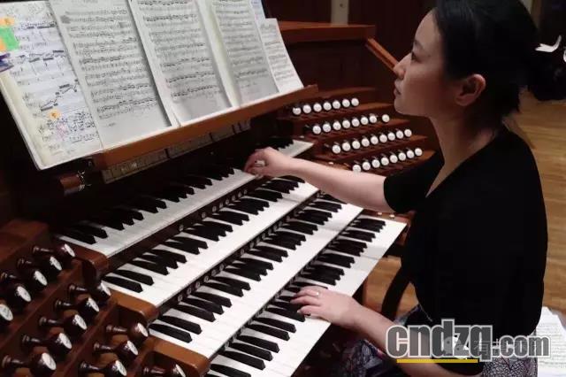 双排键电子琴学习区 69 光环下的成长 ——访中央音乐学院管风琴图片